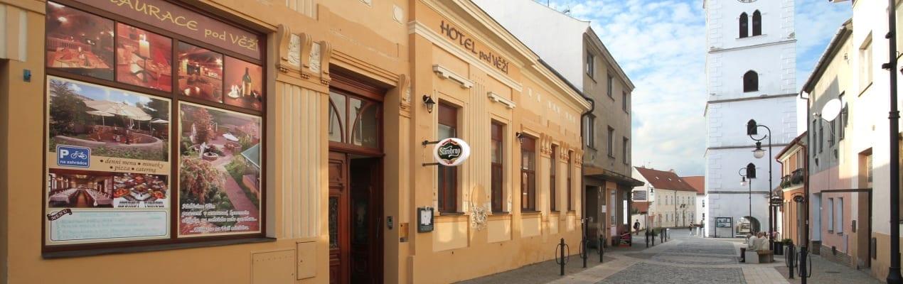 Restaurace pod Věží - exteriér